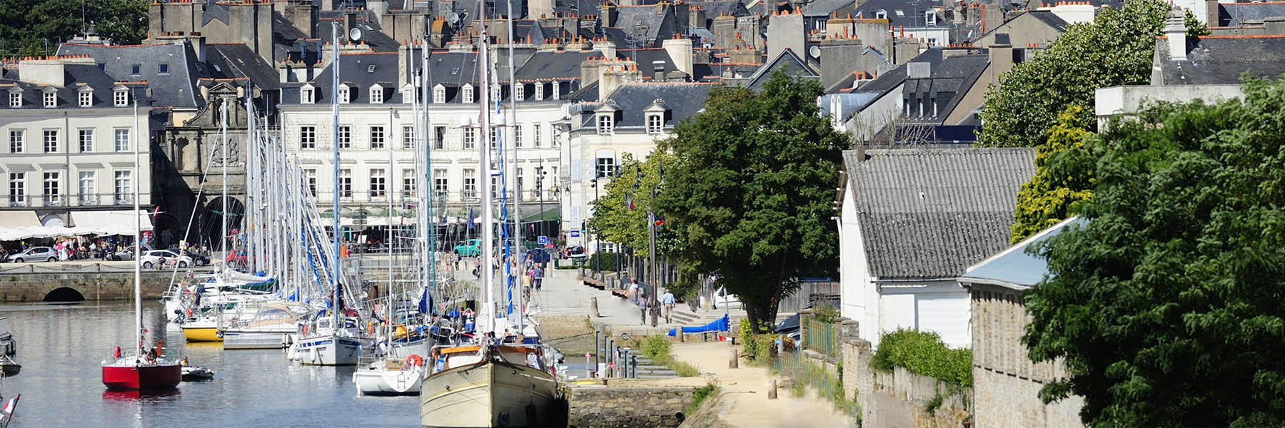 huissier_headervannes